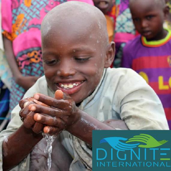L'eau pour la vie..! L'eau potable sauve des vies.